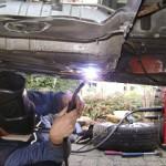 spawanie elementów samochodu
