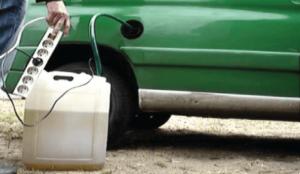 spuszczenie źle zatankowanego paliwa